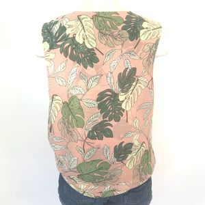 CAbi Tops - Cabi size S pink / green palm print sleeveless top